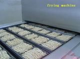 Nouille instantanée chaude à échelle réduite de vente de la Chine faisant la machine