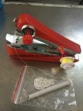 Máquina de coser de bolsillo portable manual del mini hogar pequeña