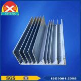 Het Profiel Heatsink van het aluminium die voor Elektrisch Controlemechanisme wordt gebruikt
