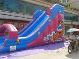 子供の屋外のおかしく大きいジャングル膨脹可能な水スリップNのスリップのゲーム