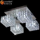 Candelabro barato, luz do diodo emissor de luz do pendente, candelabro de cristal moderno quadrado Om55001