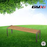 Im Freiensicherheits-Freizeit-Stuhl für Erwachsenen am Sommer
