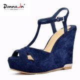 Сандалии клина Sequin женщин ботинок высокой пятки кожи замши T-Планки