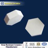 Piezas de cerámica de la mitad de cilindros hexagonales