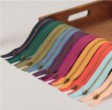 Zipper do metal do fabricante para sacos de vestuário matéria têxtil e sapatas