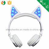 スポーツOEM猫耳のヘッドホーンのハンズフリーのBluetoothの特許を取られた無線電信