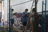 Parede para murar o tapete (A-00)