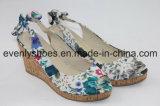 Tuch-oberes Flora-Keil-Fußbekleidung-Absatz-Sandelholz für Dame