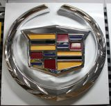 vuoto 2016 3D che forma i segni automatici esterni di marchio dell'automobile della casella chiara