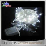 Indicatori luminosi della stringa dell'indicatore luminoso LED di festa caricati batteria bianca dell'indicatore luminoso di natale del collegare del PVC IP44