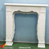Rústica chimenea de la chimenea de madera blanca