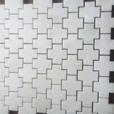 El mosaico de mármol del mosaico de mármol del piso de la forma de la cruz