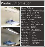 Перезаряжаемые батарея СИД Li-иона под светом шкафа