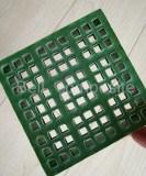 FRP/GRP 소형 메시 삐걱거리는 다른 표면에 있는 섬유유리에 의하여 주조되는 삐걱거리는 격자판 덮개