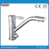 Mit Getränk-Wasser-Plattform eingehangener einzelner Griff-Küche-Hahn (H22-555)