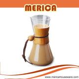 Il creatore di caffè freddo di Brew, versa sopra il dispositivo di gocciolamento del caffè