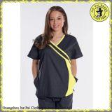 看護婦のための最新のデザイン病院の医学の衣類