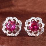 Rubino dello Synthetic dell'intarsio degli orecchini dell'argento sterlina delle donne 925