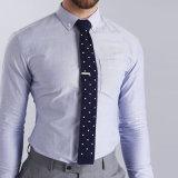 Los Mens de encargo del modelo nuevo profesional de los fabricantes adelgazan la camisa de alineada formal apta