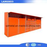 共通の使用されたガレージの道具箱の仕事台の現代台所デザイン