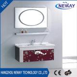 Новой установленный стеной шкаф ванной комнаты нержавеющей стали состава с зеркалом