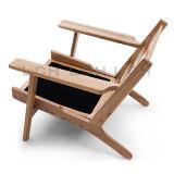 Sofà-Un di legno Seater di Hans Wegner della plancia classica di svago