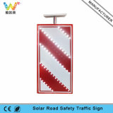 Poteau de signalisation de clignotement actionné solaire en aluminium du panneau DEL de signe de route