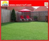 Barato no relleno artificial de fútbol de hierba