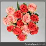 꽃다발이 도매 다채로운 인공 실크에 의하여 로즈 꽃이 핀다
