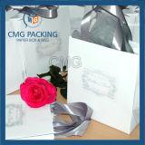 絹のハンドルが付いている普及した結婚祝い袋
