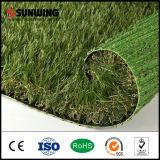 Césped artificial material incombustible Anti-ULTRAVIOLETA del jardín del paisaje del PPE
