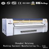 Type industriel complètement automatique Flatwork Ironer de cannelure/machine repassante fente de blanchisserie