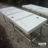 Kingkonreeの石造りの樹脂の固体表面の浴室のシャワーベース