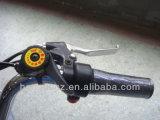 Triciclo elettrico utilizzato con i pedali da vendere