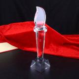 2015 Nuevo premio en blanco del trofeo de cristal del diseño