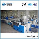 Conduttura del rifornimento idrico dell'HDPE che fa macchina