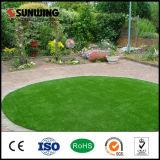 Gramado sintético verde da grama de Sunwing 20mm para ajardinar a grama