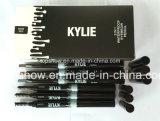 El cepillo auto 2 de la ceja del lápiz de ceja de Kylie Jenner en 1 Brown oscuro suave de mirada natural gris impermeabiliza