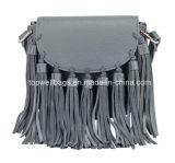 PUの粋な肩の女性ハンド・バッグを均等にする革方法ふさ