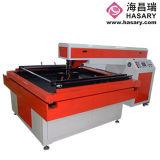 Máquina que corta con tintas del laser para procesar el molde para la dobladora
