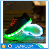 Sapatilhas leves luminosas do diodo emissor de luz das crianças, sapatas de pouco peso de EVA Outsole
