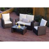 コーヒーテーブルが付いている標準的な防水テラスの家具セット