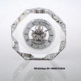 結婚式の好意か記念品のギフトのカスタム水晶時計のため