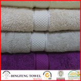 2016 Sales caldo Organic 100% Cotton Thick Jacquard Bath Towel con Satin Border Df-S359