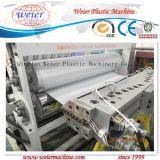 Alta linea di produzione ondulata lustrata PVC del tetto di risparmio di temi del prodotto