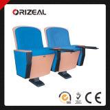 Assento da cadeira do auditório de Orizeal (OZ-AD-096)
