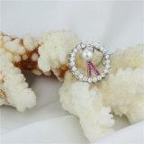 女性の自然な実質の白い真珠のペンダントの宝石類