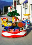 실내 Kiddie는 위락 공원을%s 다채로운 아이들 회전 목마를 탄다