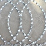 Heißes Sale Razor Wire /Razor Wire mit Competitive /Razor Wire Manufacturer /Concertina Razor Wire/Single Loop Razor Wire