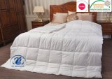 Ultra brandamente abaixo do Quilt alternativo de Microfiber